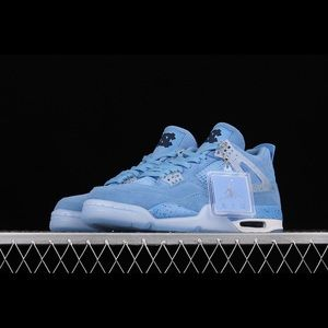 Air Jordan 4 Retro UNC Blue